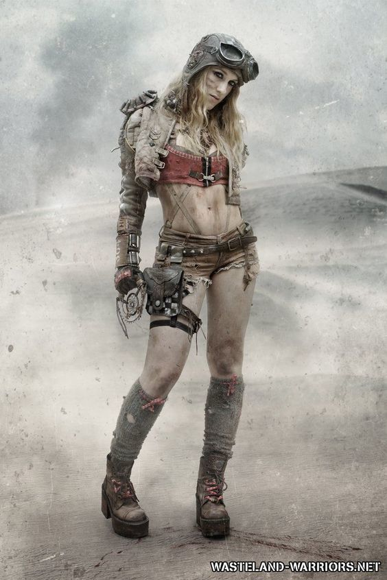 Post-Apocalyptic steampunk girl
